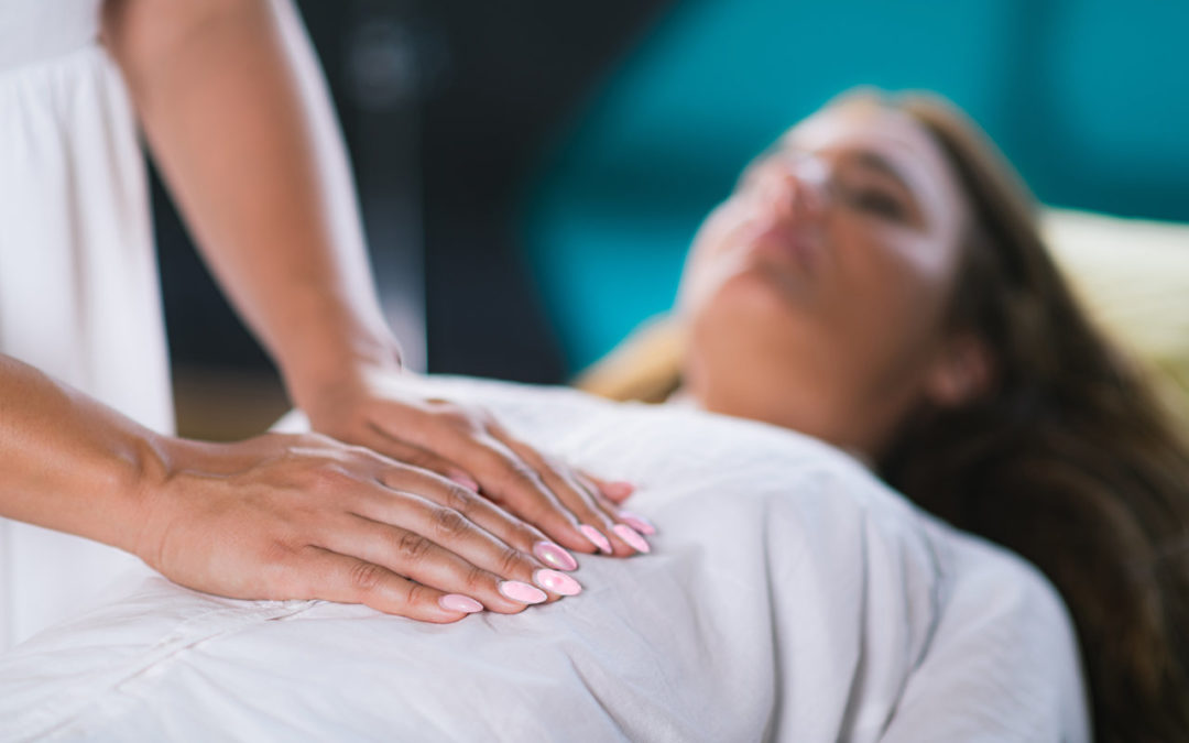 4 Simple Steps To Do Reiki at Home to Improve Your Immune System